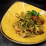 Spaghetti alle capesante, pomodorini e pangrattato alle erbe